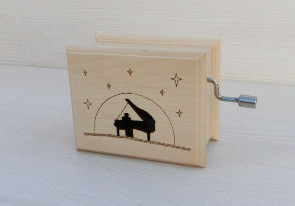 cutiuta-muzicala-sonata-lunii