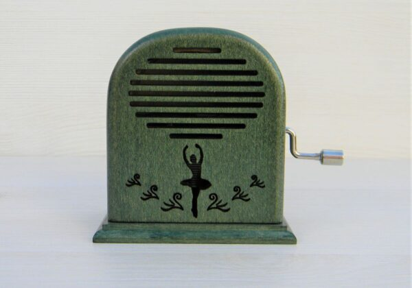 lacul-lebedelor-cutiuta-muzicala