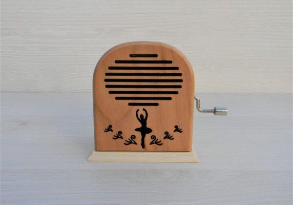 cutiuta-muzicala-swan-lake-radio